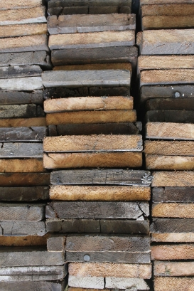 We love reclaimed wood!